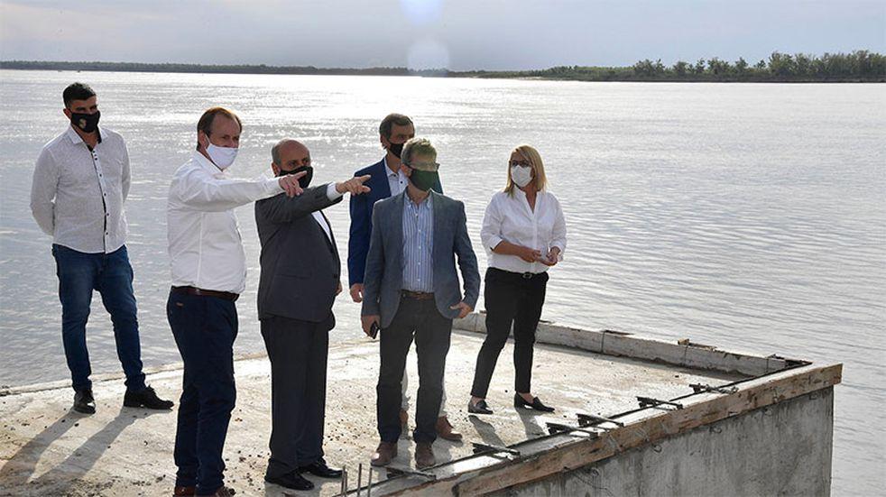 Investigarán la propiedad de las tierras de la Escuela El Quebracho en Santa Elena