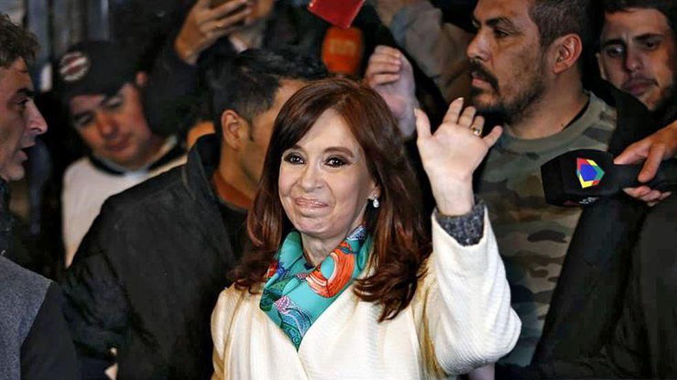 Cristina Kirchner se refugió en el Instituto Patria tras el procesamiento de Bonadio