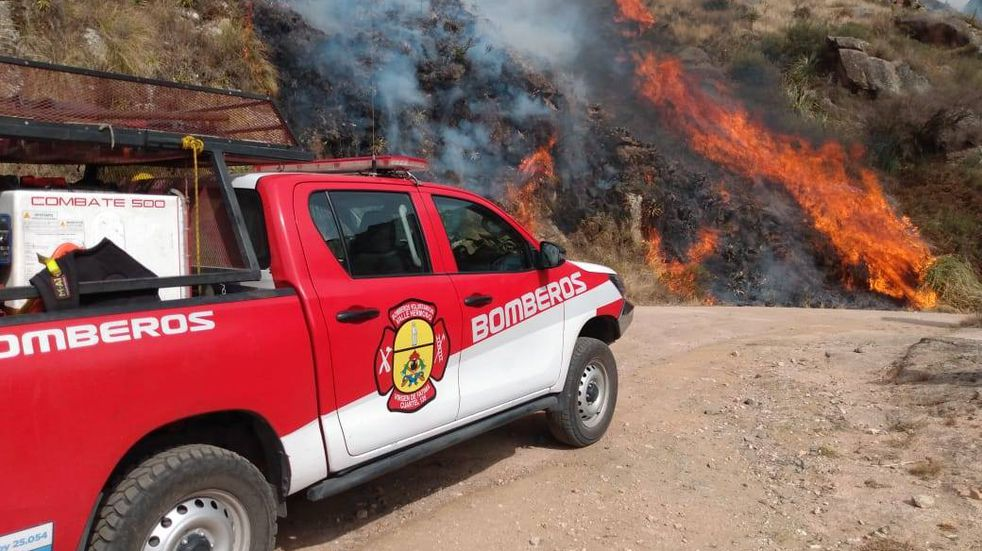 Bomberos Voluntarios de Valle Hermoso lanzaron la convocatoria 2021 para aspirantes a bomberos con mucha vocación
