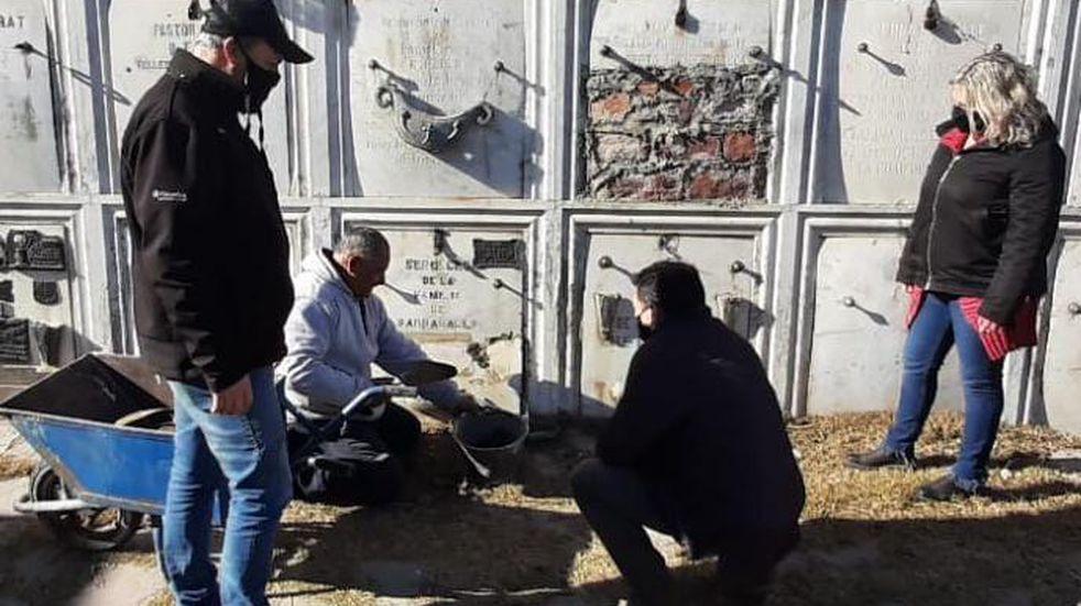 Vandalismo en el cementerio: desde el municipio creen que está relacionado con las elecciones