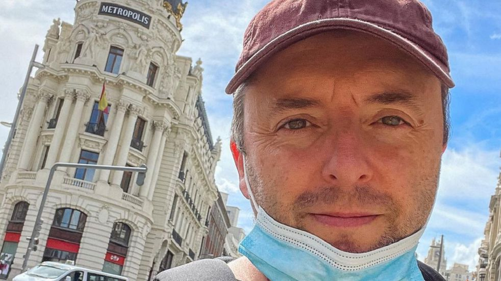 "Sir Chandler, internado por coronavirus tras volver de viaje: ""La sorpresa me la traje de España"""