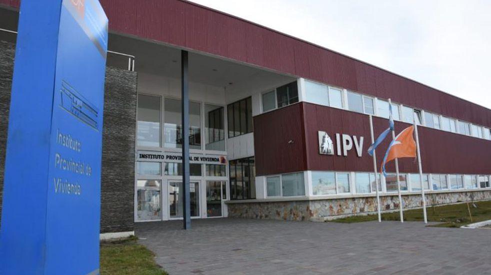 Trabajadores del IPV exigieron una recomposición salarial del 23%