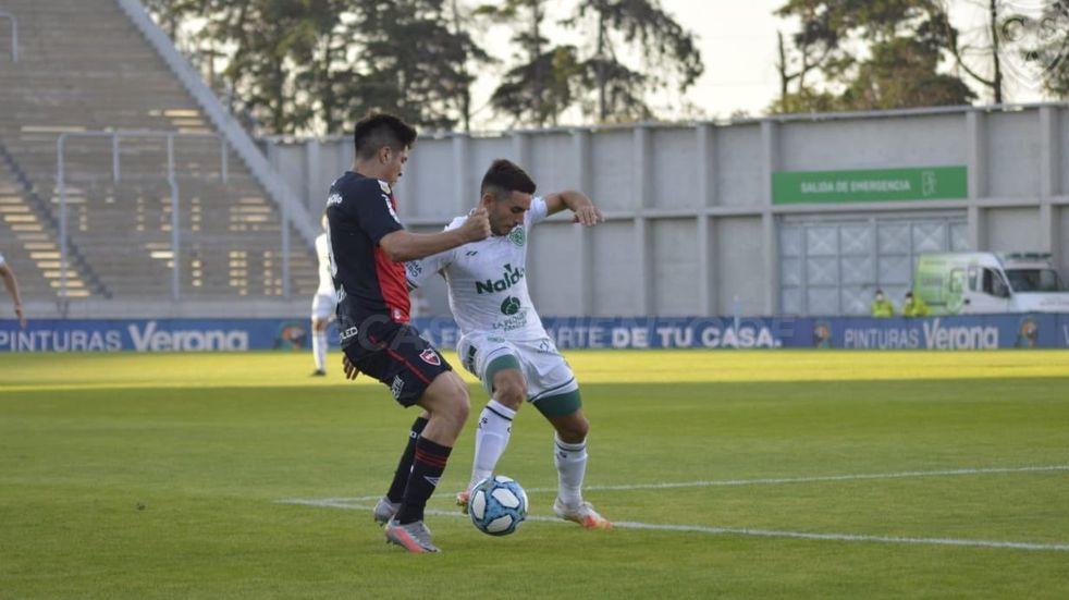 Newell's se despidió de la Copa Argentina ante Sarmiento en una tarde paupérrima