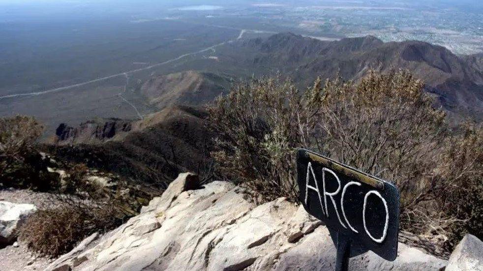 Rescataron a dos jóvenes en el Cerro Arco