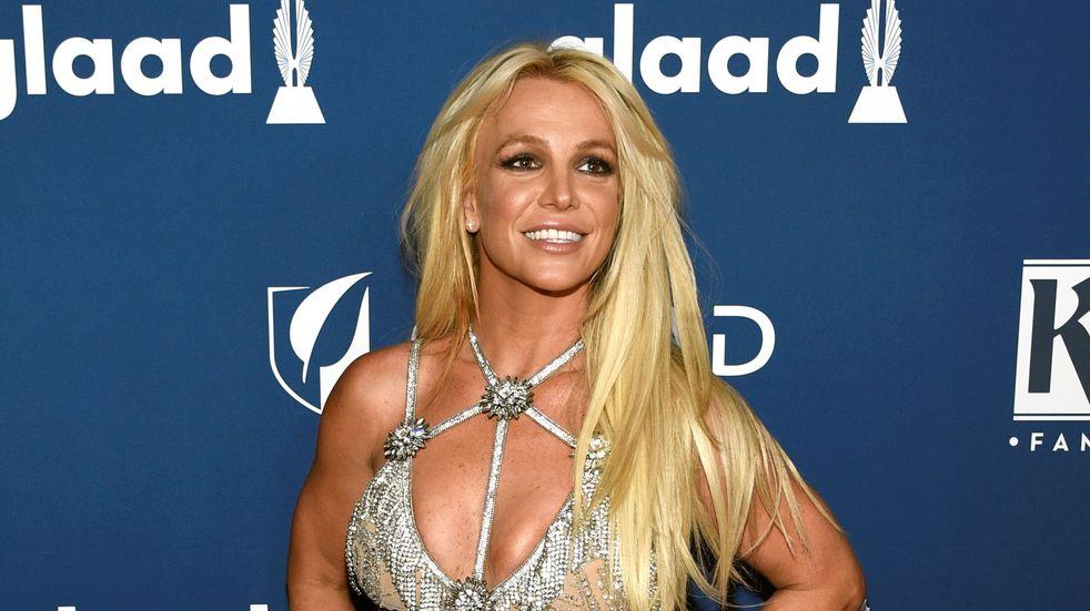 Britney Spears sorprendió en su Instagram posando sin corpiño