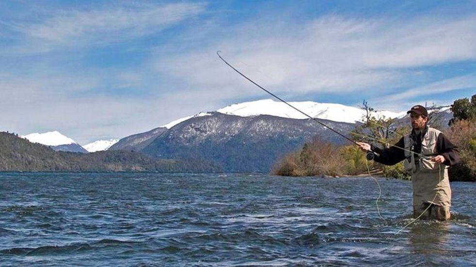 Neuquén realizará el primer censo de pescadores
