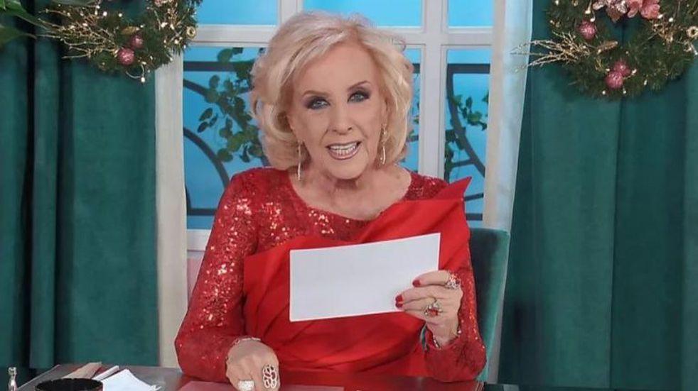 """Juana Viale develó el misterio y dio la fecha: """"¡Vuelve la señora Mirhta Legrand a su programa!"""""""