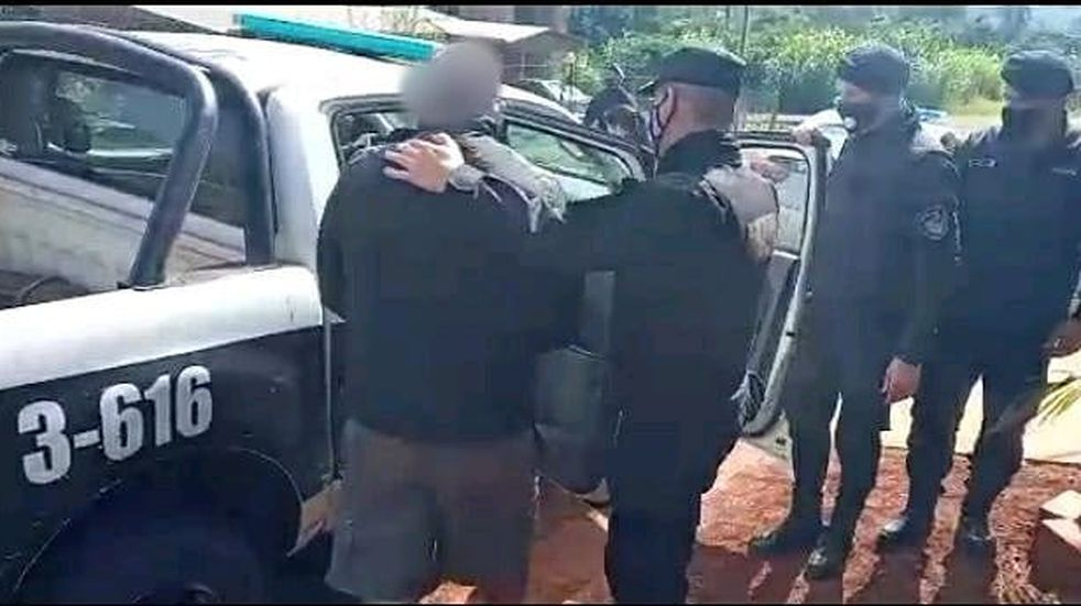 Detuvieron a tres hombres por una serie de delitos relacionados