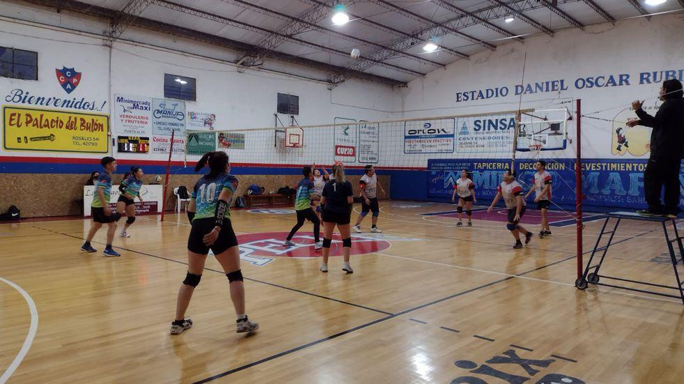 Se disputó una nueva fecha de los torneos de la Unión de Vóley Punta Alta