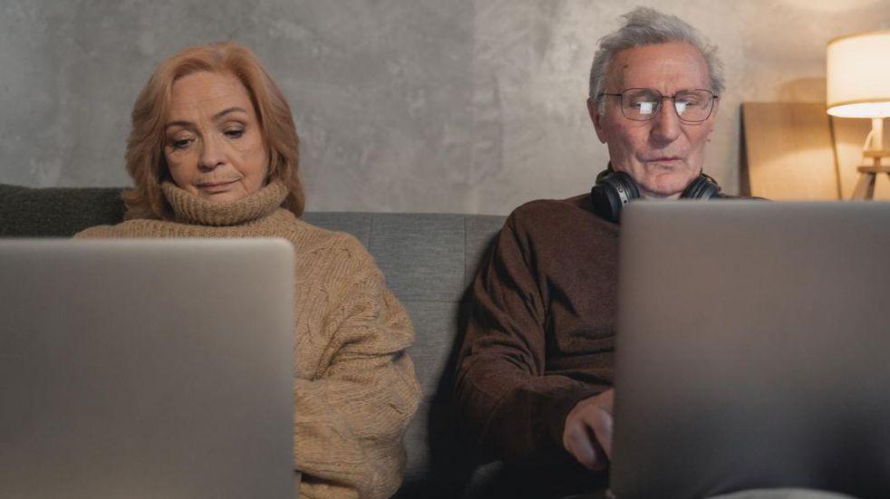 Amplia oferta de talleres virtuales para adultos mayores de las Heras