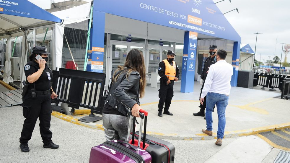 Alerta por la variante Delta: el 40% de los bonaerenses que llegaron del exterior no hicieron la cuarentena
