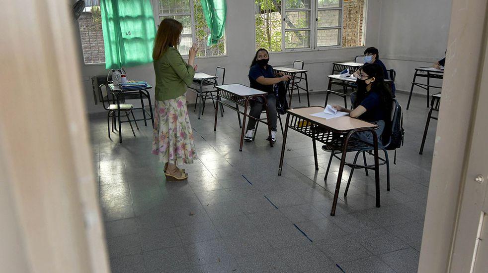 Por la situación climática este jueves se suspenden las clases en Azul