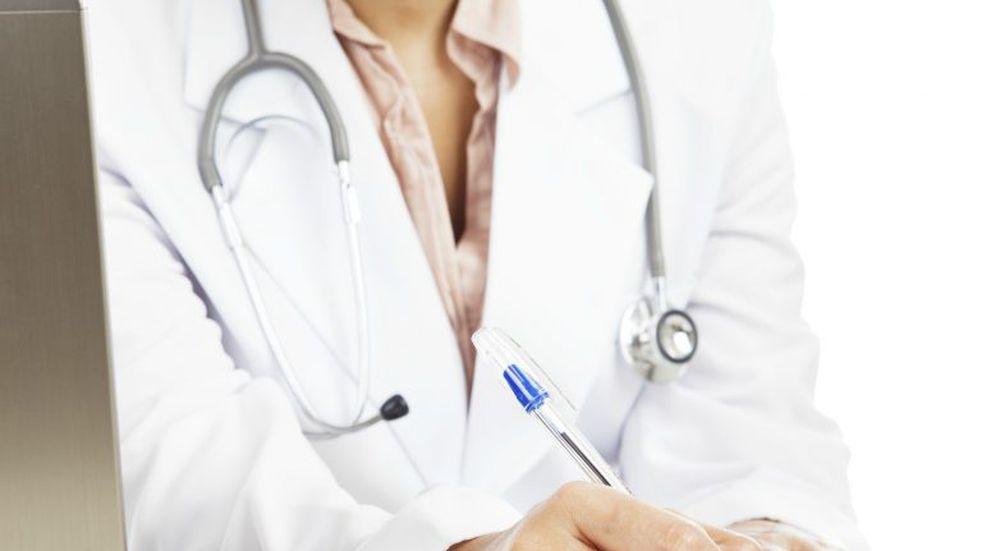 Denuncian a ginecólogo del hospital Gumersindo Sayago por conducta abusiva