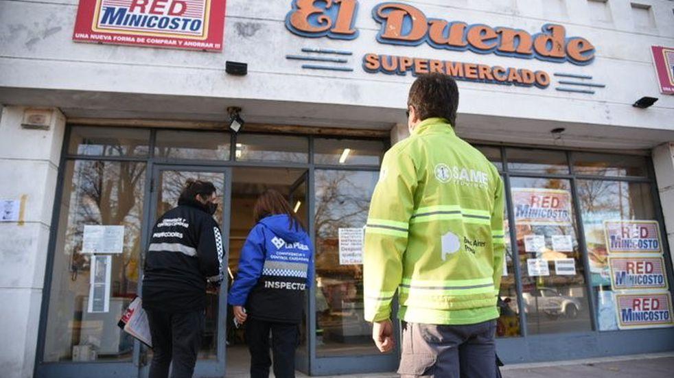 Clausuraron un supermercado en La Plata tras detectar un caso de coronavirus