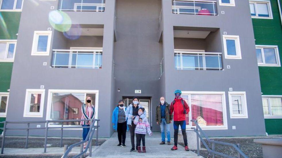 Ushuaia: realizaron una nueva entrega de viviendas