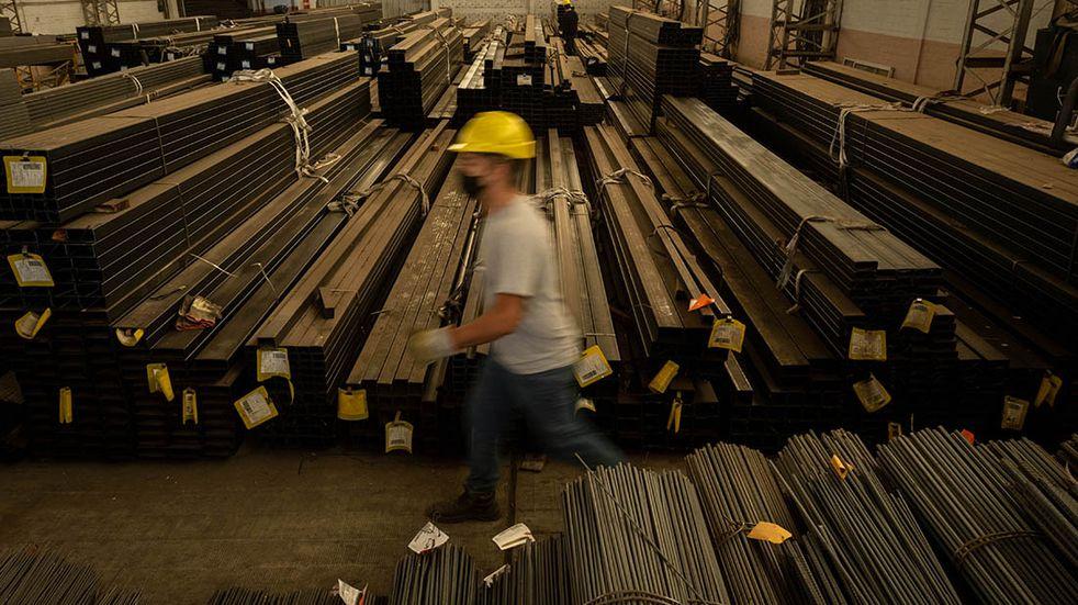 La construcción y la industria ya están por encima de los niveles prepandemia