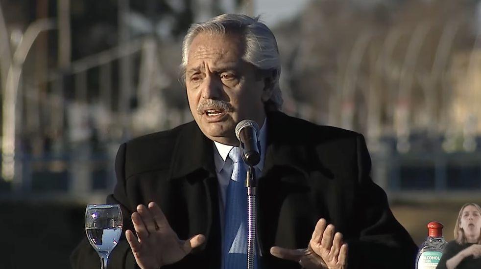 """Enfurecido, Alberto Fernández volvió a hablar del escándalo de Olivos: """"Algunos piensan que me van a hacer caer"""""""