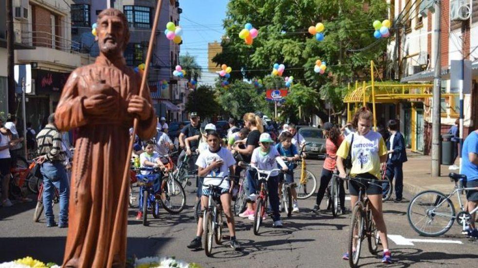 Hoy se hará la tradicional bicicleteada del Colegio Roque González
