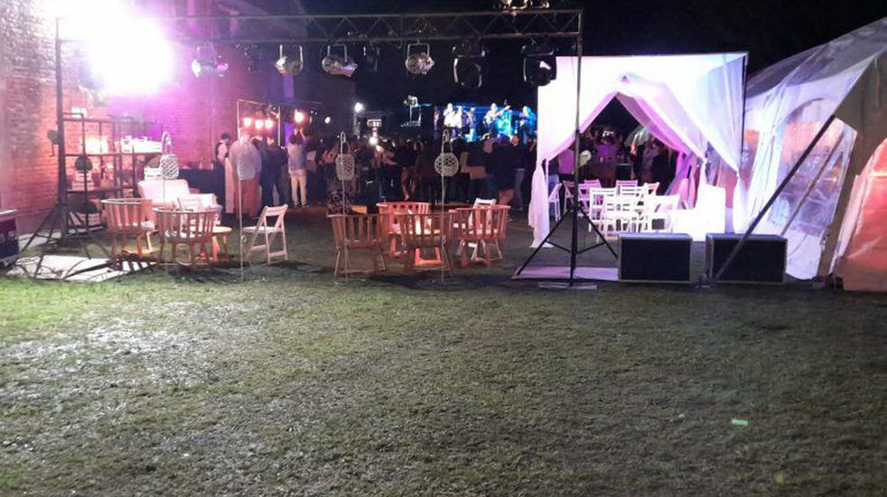 Fiesta clandestina: interrumpieron un festejo de 50 años con 150 invitados