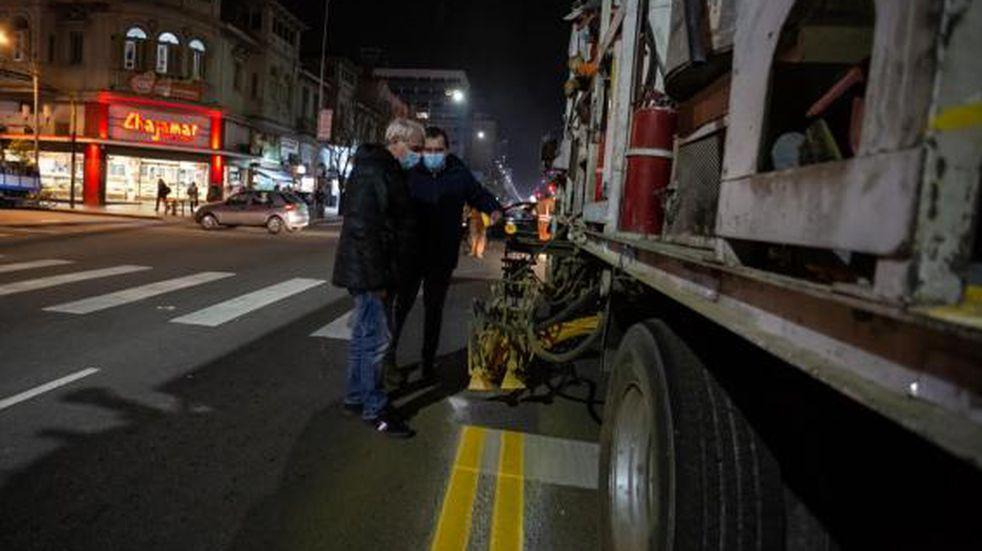 Avanzan las obras de señalización vial en avenidas de Mar del Plata