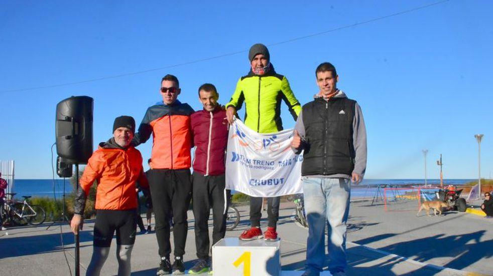 Veuthey y Barrionuevo ganaron el Duatlón Caletense