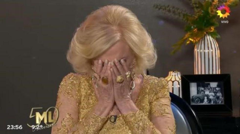 La emoción de Mirtha Legrand por el llamado sorpresa de Goldy en su programa aniversario