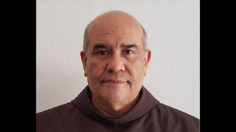 La feligresía capitalina despidió al fray Juan José Núñez