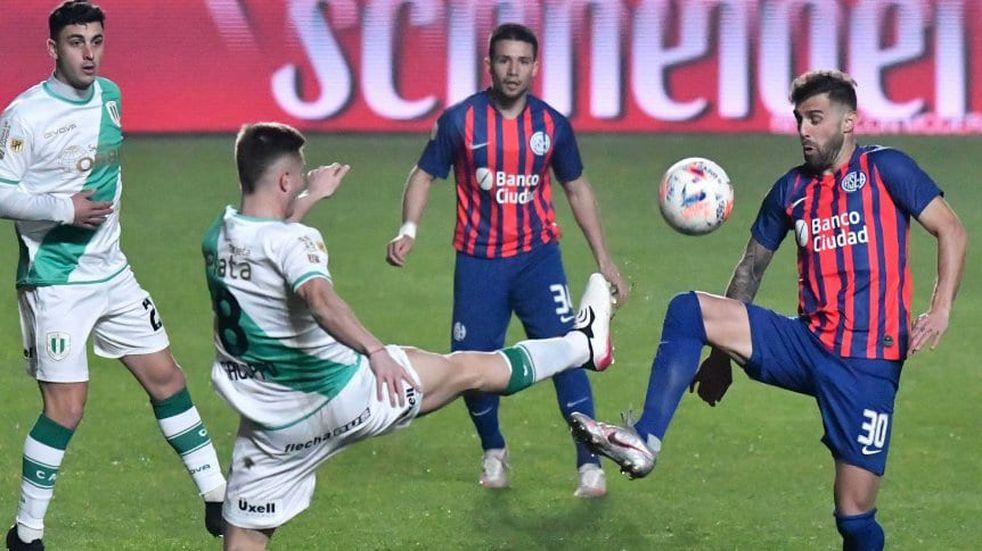 San Lorenzo no pudo hacerse fuerte de local y empató 1-1 con Banfield