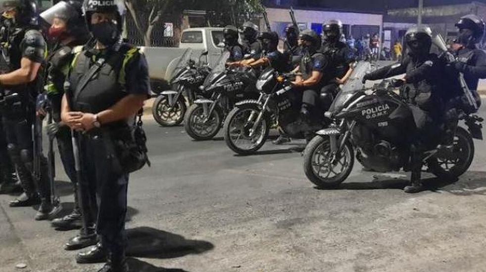 Operativo policial en Tucumán.