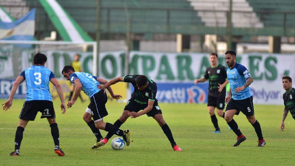 Con Nacho Abraham como titular Juventud Unida le ganó a Sportivo Belgrano por el Federal A