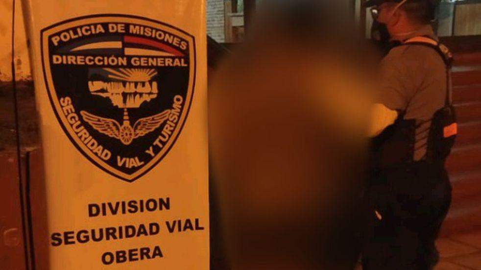 Estaba alcoholizado, intentó evadir un control policial y fue detenido en Oberá