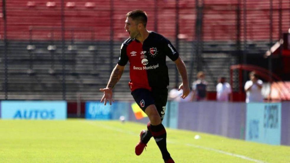 Franco Negri se recuperó de su molestia y podrá jugar el Clásico rosarino
