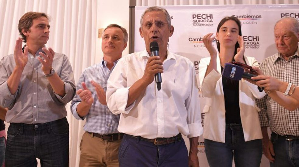 Gustavo Valdés expresó sus condolencias por la muerte de Pechi Quiroga