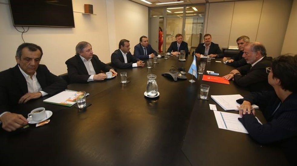 El gobernador Herrera Ahuad dijo que con la yerba también se exporta salud