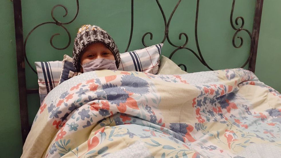 Denuncian una posible estafa de la joven que recaudó fondos para un tratamiento contra el cáncer en el Hospital Alemán