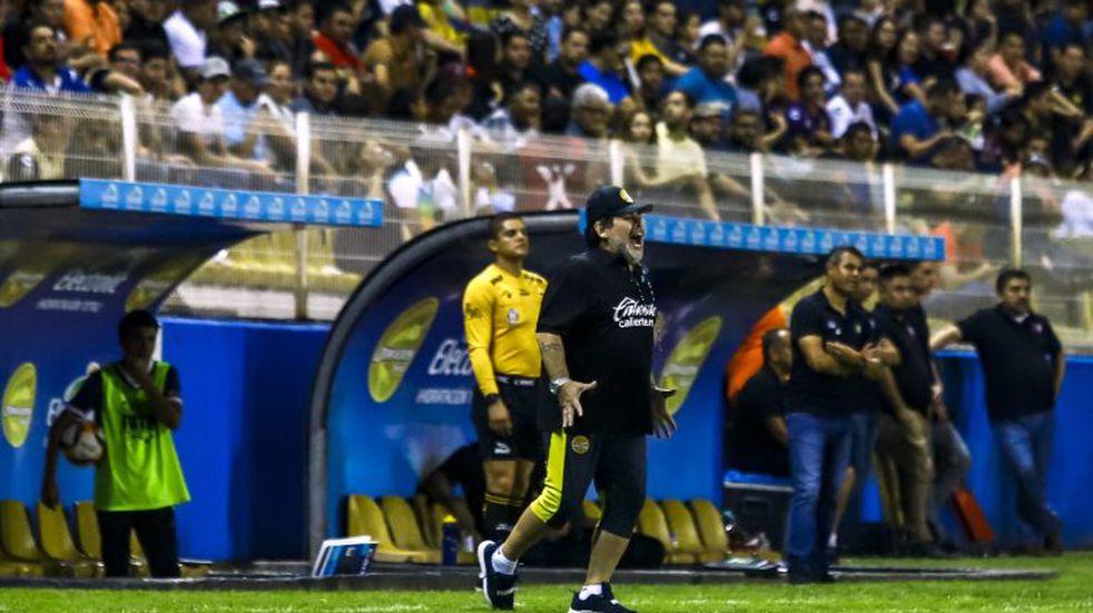 Diego Maradona fue multado por sus declaraciones en favor de Nicolás Maduro