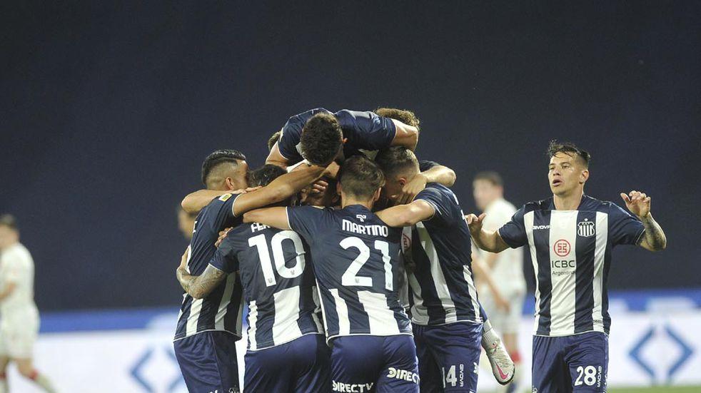 A Lanús se lo empataron al final y Talleres apunta a quedar como líder en la Liga Profesional