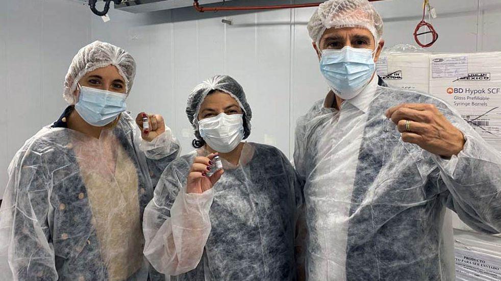 La próxima semana comenzaran a aplicarse las primeras vacunas Sputnik V producidas en la Argentina
