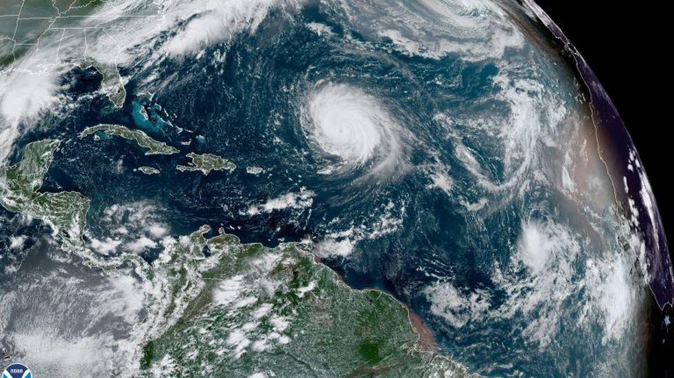 La tormenta Beta se acerca a Texas y el huracán Teddy a Bermudas