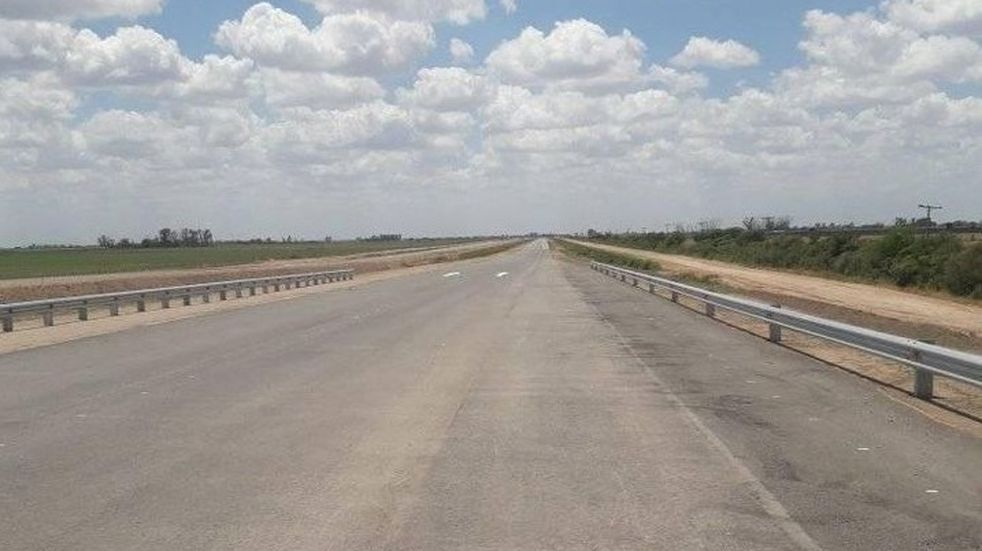 Realizaban picadas de motos en la Autopista 19 que no está habilitada