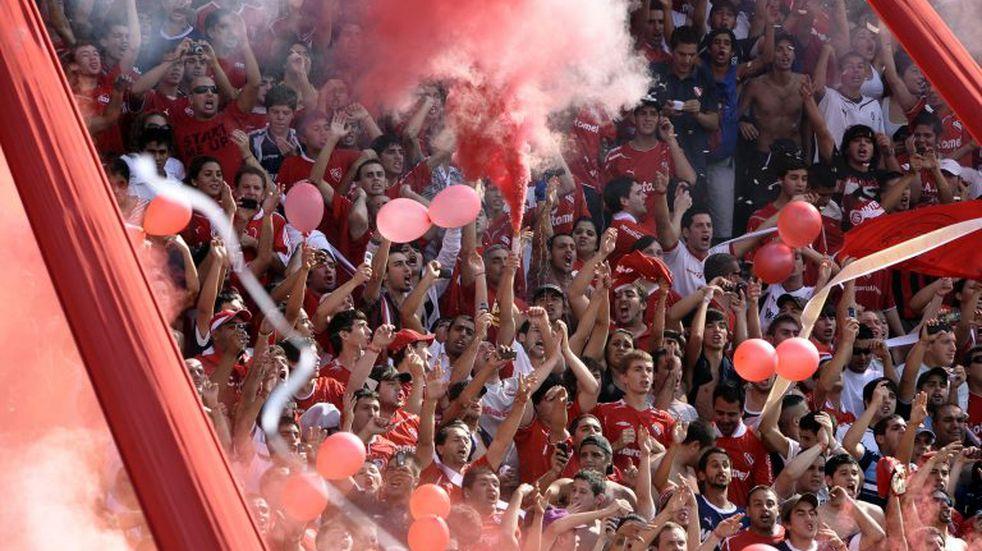 Independiente repudió el enfrentamiento entre hinchas violentos - AFP PHOTO / Alejandro PAGNI