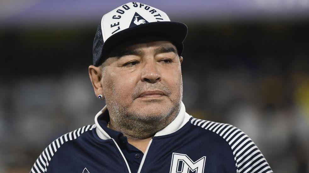 Los cuatro custodios de Maradona en Brandsen aseguraron que consumía alcohol