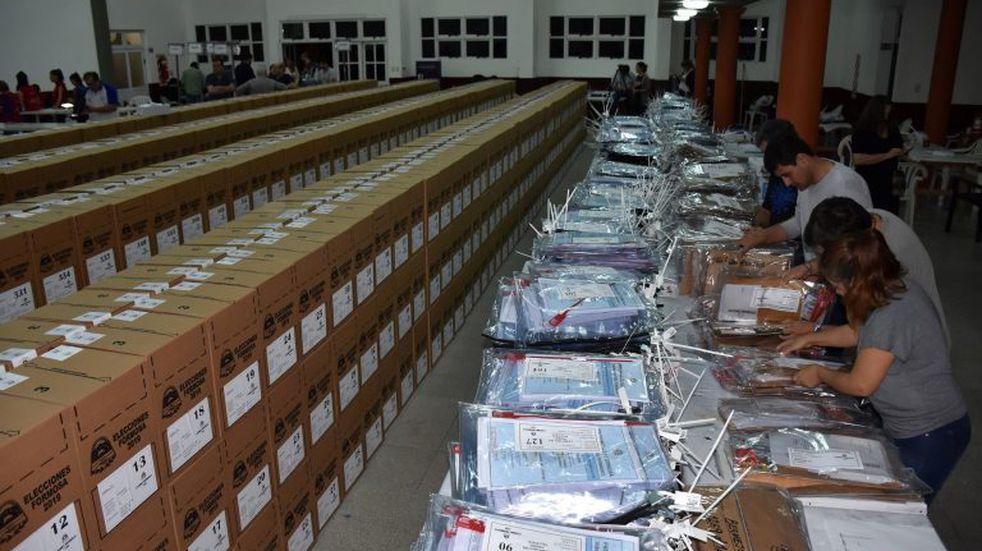 Elecciones en Formosa: las urnas tendrán un chip que permitirá su seguimiento