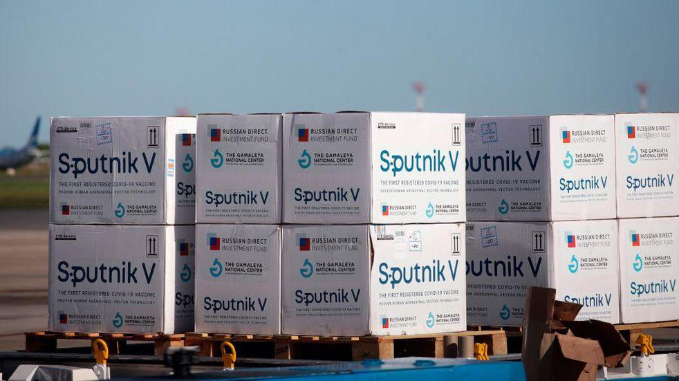 Quedó demorado en Moscú el vuelo de Aerolíneas que traerá más dosis de la Sputnik V