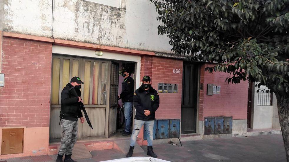 Allanamientos antidroga en Tres Arroyos: un detenido y secuestro de cocaína