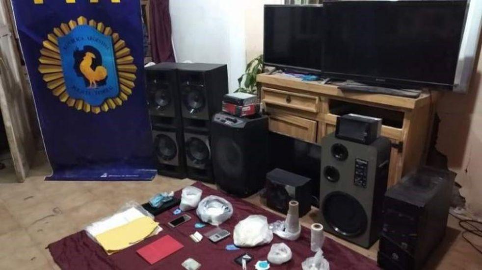 Operativo narco en San Juan: secuestran 12 kilos de marihuana y 6 de cocaína