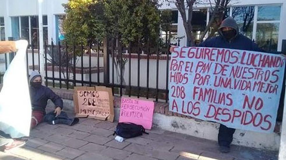 Arde Pico Truncado: protesta en la municipalidad