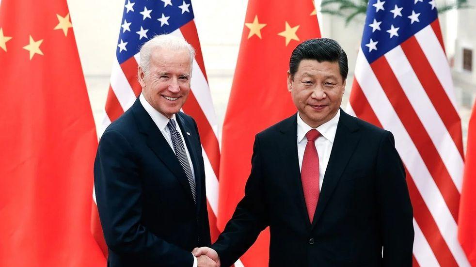 """China felicitó a Joe Biden y lo invitó a """"arreglar los puentes"""" entre los dos países, rotos por Donald Trump"""