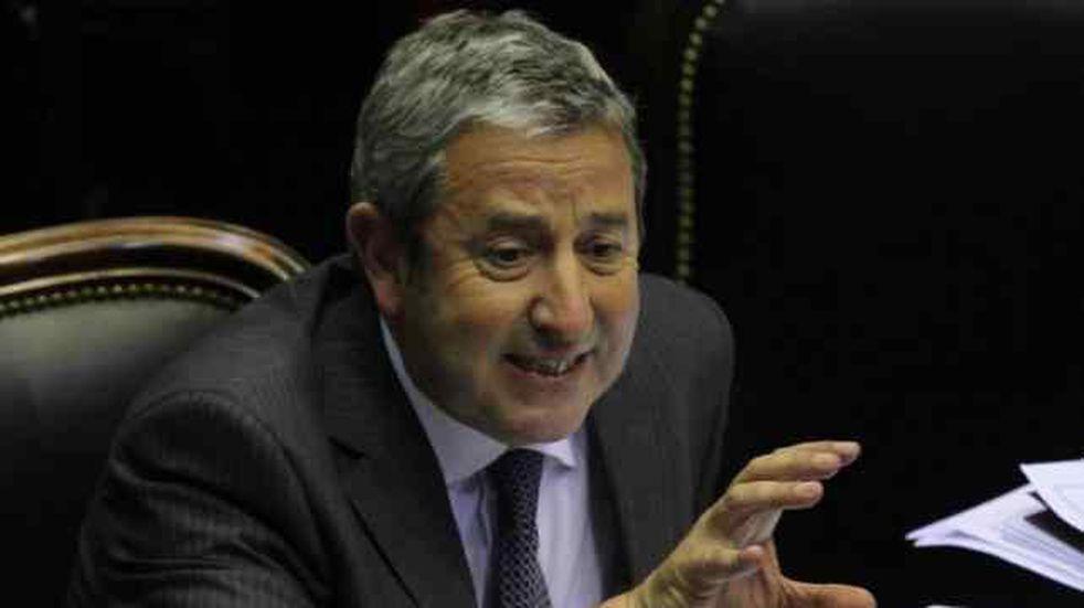 Julio Cobos criticó duramente a los opositores a Portezuelo del Viento