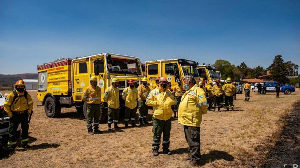 El incendio forestal en La Cumbre está contenido, pero continúa el fuego en otros sectores de la provincia